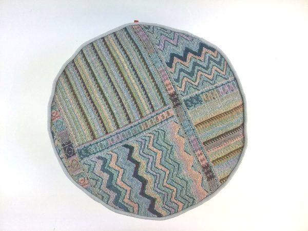 Detalj jastuka Etno Zen