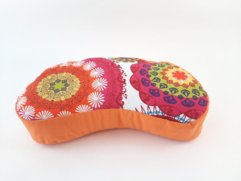 Retreat Petra narančasti jastuk za meditaciju